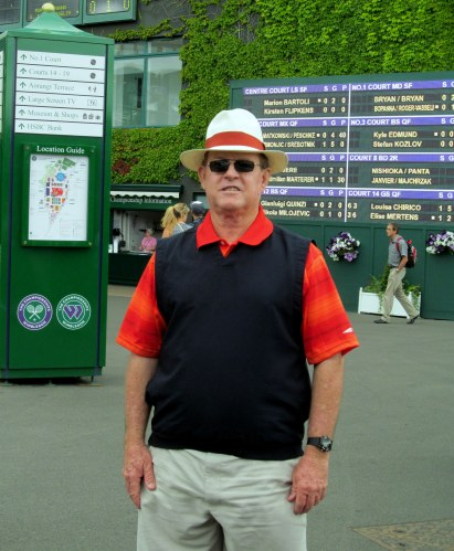 Des standing in front of Centre Court