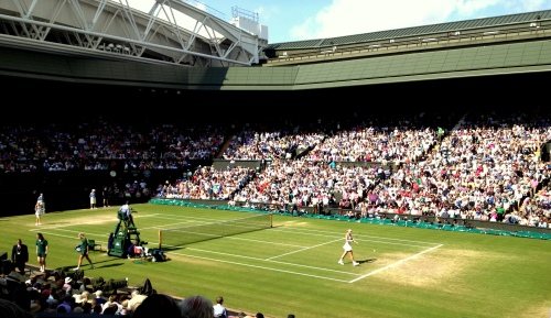 Ladies semis on center court last year - Radwanska playing Lisicki